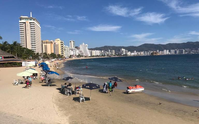 Acapulco at 23.4 percent hotel occupancy this weekend with Ixtapa-Zihuatanejo at 26.5