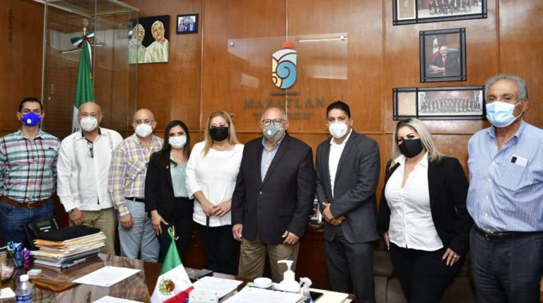 Mazatlan New Real Estate Association President Discusses International Projects With Officials